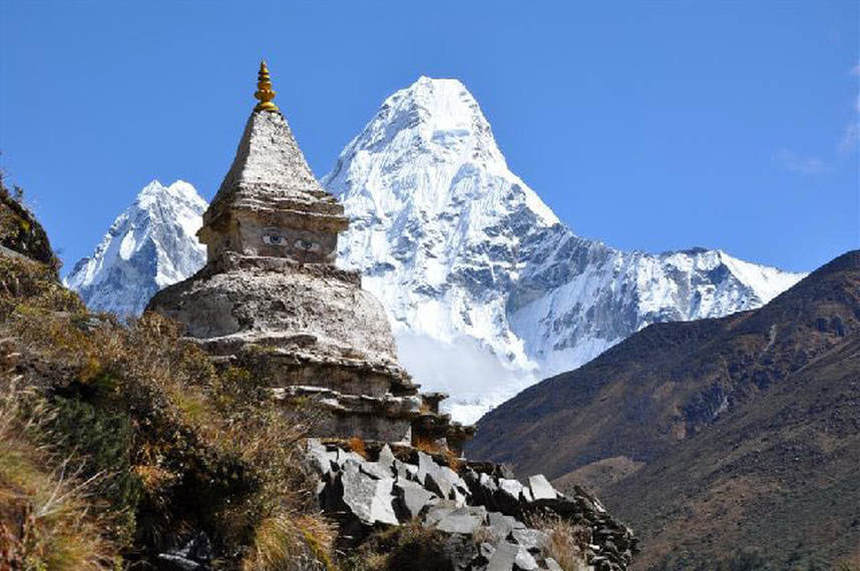 Climb the Mt. Everest, flights to Nepal from London in promotion for 378 £