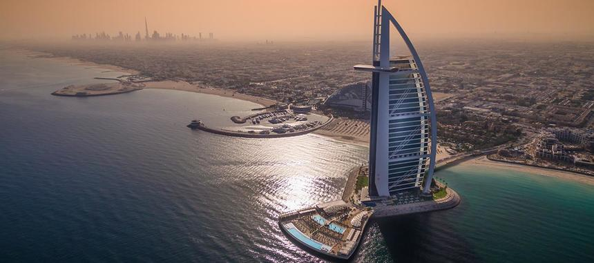 Direct return flights from Helsinki to Dubai for just 158 €