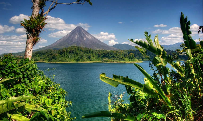One-way flights from Prague to COSTA RICA on sale from just 140 €