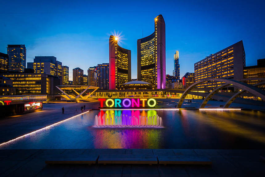 Direct return flights from Birmingham to Toronto for only 266 £