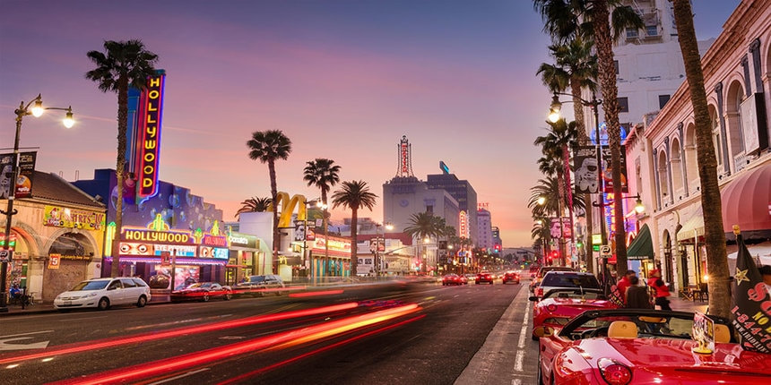 Direct return flights from Manchester to Los Angeles for just 300 £