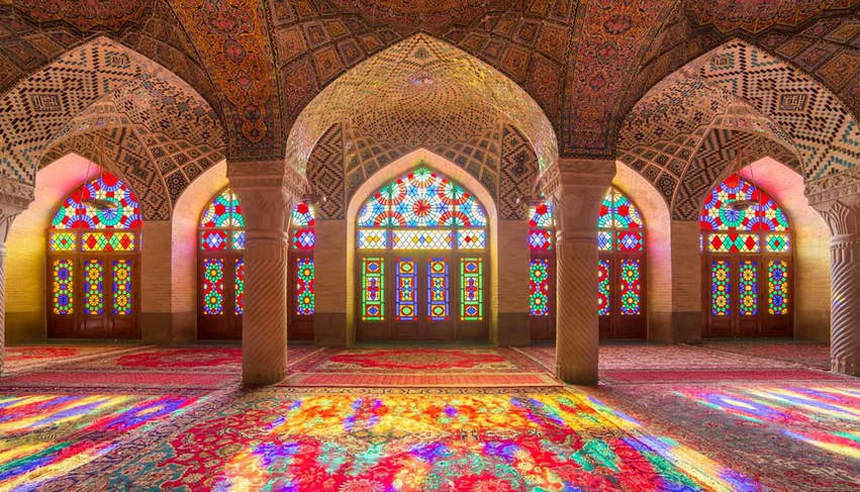 Round-trip flights from Bilbao to Tehran, IRAN for 128 €