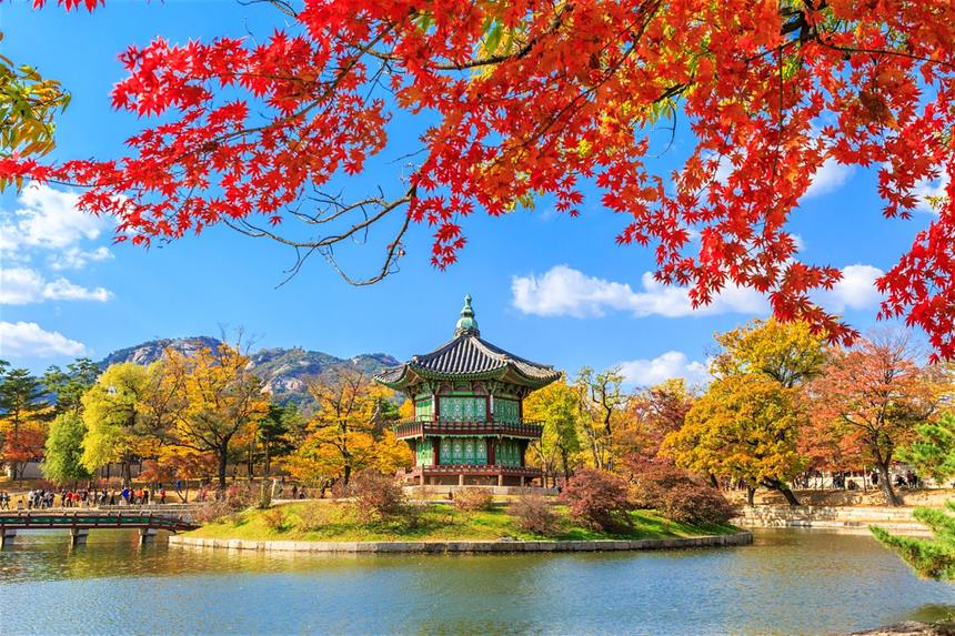Round-trip flights from London to Seoul for 380 £