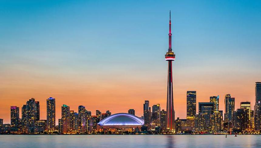 Round-trip flights from Stockholm to Toronto for just 215 €