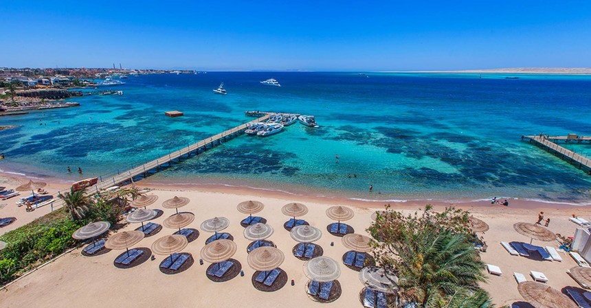 Round-trip flights from Naples to Hurghada, EGYPT for 59 €