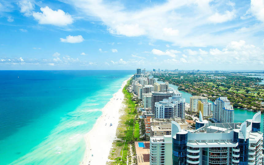 Direct round-trip flights from Barcelona to Miami for only 279 €