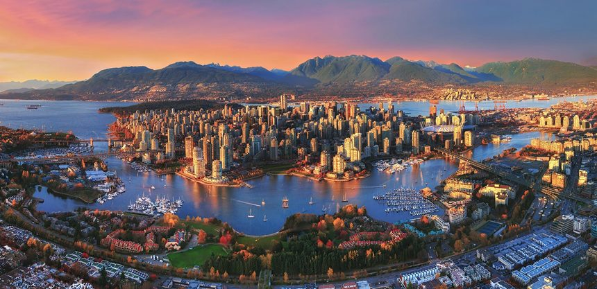 Direct return flights from Paris to Vancouver from only 338 €