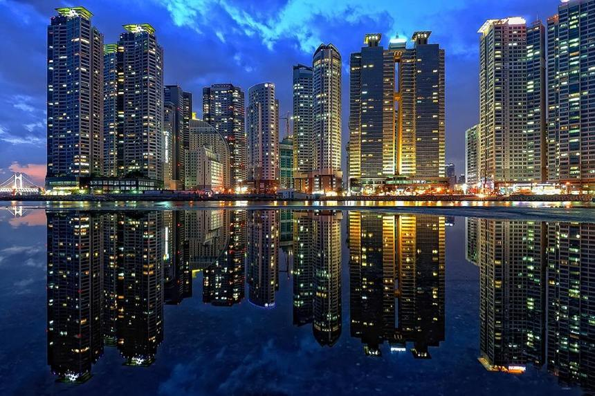 Round-trip flights from Paris to Busan, SOUTH KOREA for 386 €