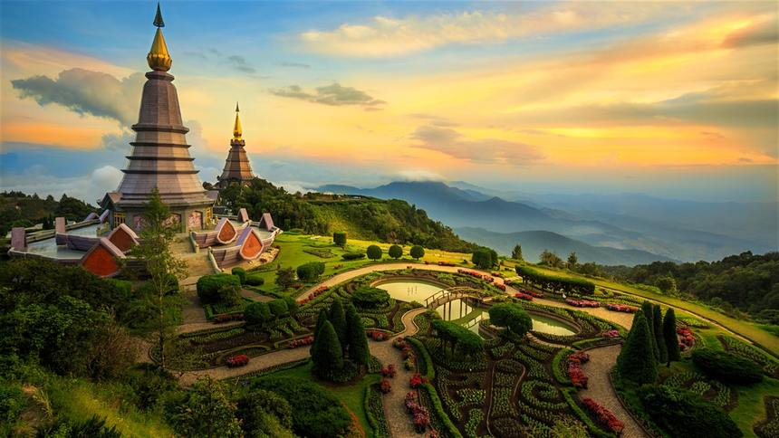 Round-trip flights from Stockholm to Chiang Mai, THAILAND for 393 €