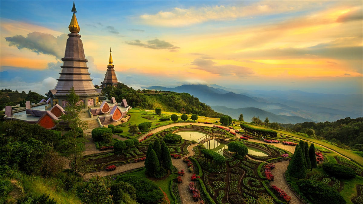 Return flights from London to Chiang Mai, Thailand for just 318 £