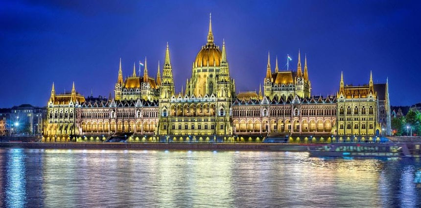 Summer return flights from Nuremberg to Budapest for just 28 €