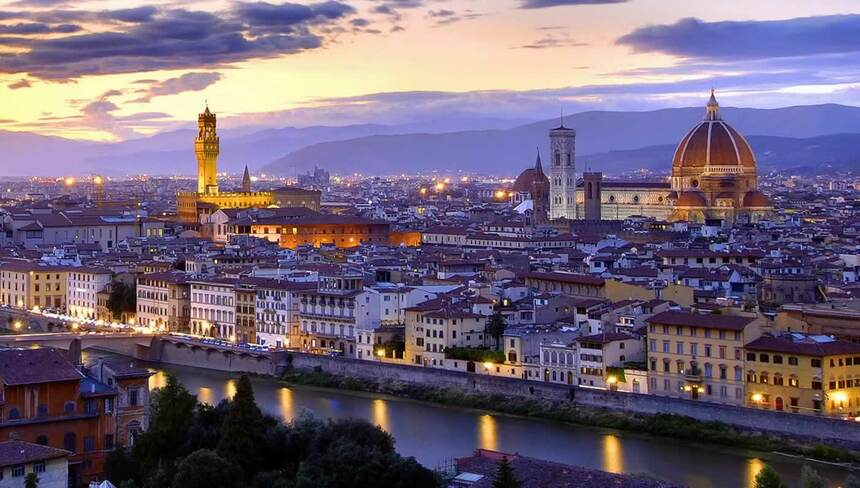 Round-trip flights from Prague to Florence for 60 €