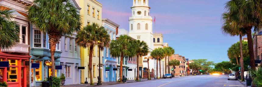 SUMMER ! Round-trip flights from Barcelona to Charleston, USA on sale from just 217 €