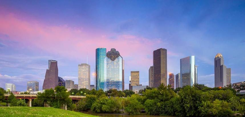 WOW !! Return flights from Manchester to Houston from just 206 £ !!! 2 bags included !!