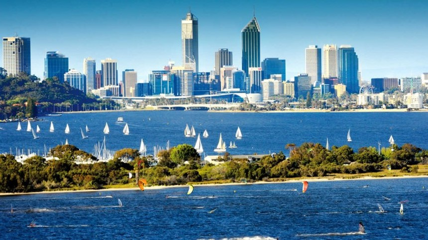 Return flights from London to Perth for only 517 £