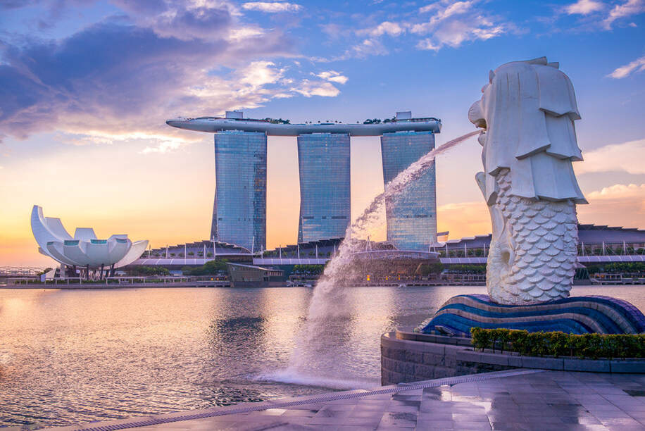 Round-trip flights from Amsterdam to SINGAPORE on sale from 330 €