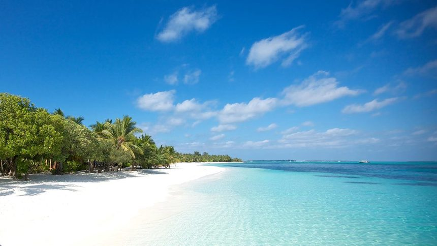 Return flights from Moscow to Maldives for just 386 € / 27,312 RUB