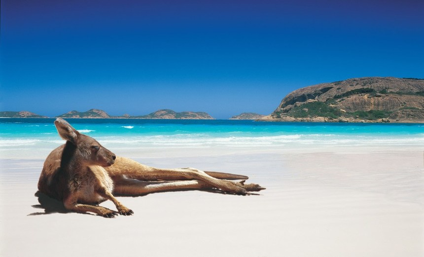 WOW ! Summer return flights from Athens to Perth, Australia from just 407 €