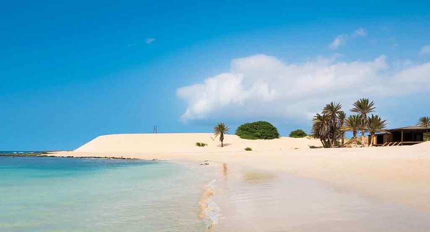 LAST MINUTE ! Direct round-trip flights from Brussels to Boa Vista, Cape Verde on sale from 185 €