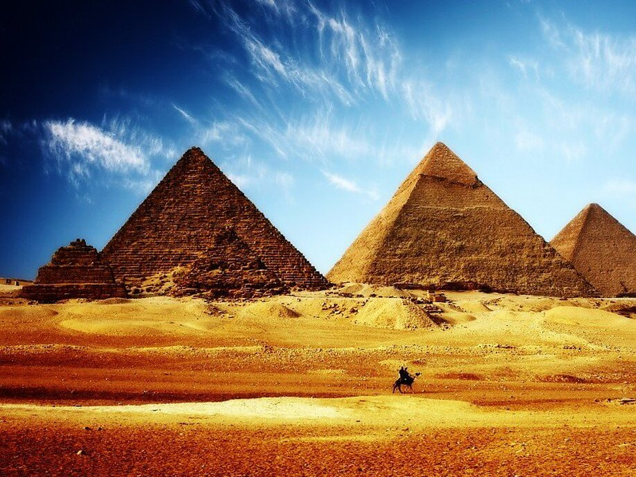 Direct round-trip flights from Malta to Cairo, EGYPT for 86 €