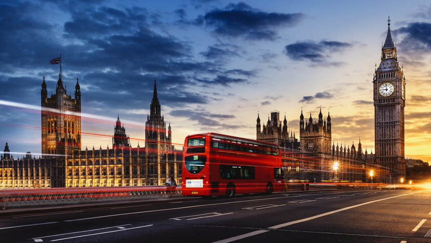 One-way flights from Orlando to London for just 60 £ / 77 $