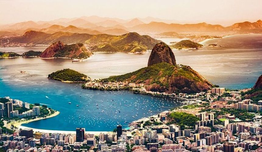 Round-trip flights from Paris to Rio de Janeiro for only 393 €